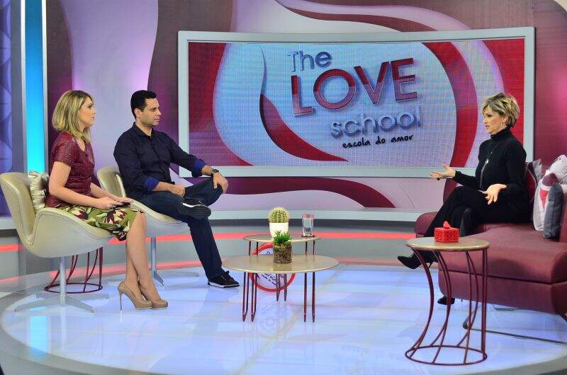 Andrea Nobrega no Programa The Love School (Chahestian)