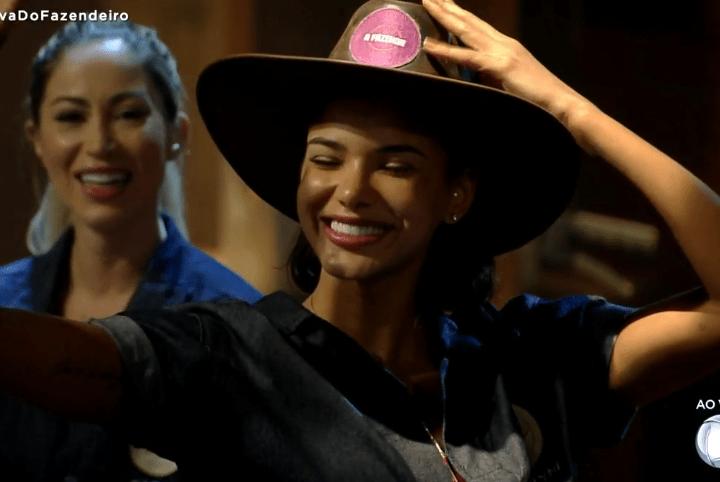 A Fazenda 12: Jakelyne Oliveira é a primeira fazendeira